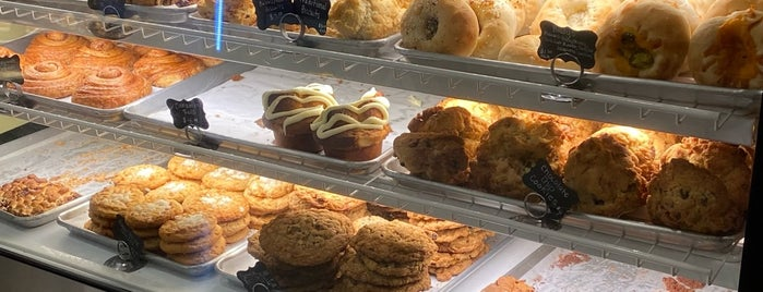 Villani's Bakery is one of LETS GO.