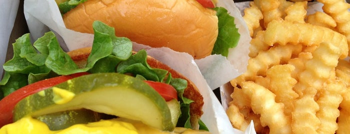 Shake Shack is one of NYC Food Favourites.