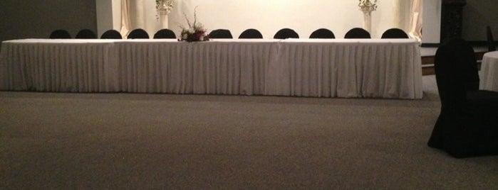 Ridgemont Ballroom is one of Orte, die Kelly gefallen.