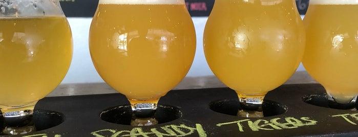 Escape Brewing Company is one of Lugares favoritos de Ben.