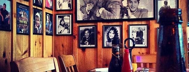 D's Restaurant is one of Lugares favoritos de John.
