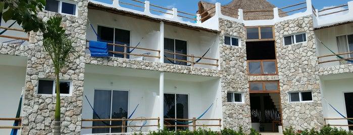 Hotel Aires Bacalar is one of Tempat yang Disukai Cyril.