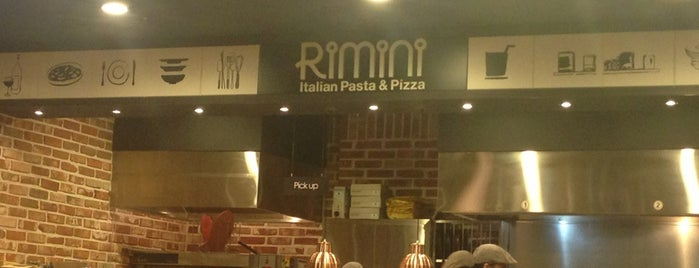 Rimini Italian Pasta & Pizza is one of Locais curtidos por Meri.