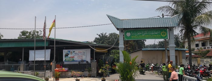 Masjid al-Hidayah is one of g.