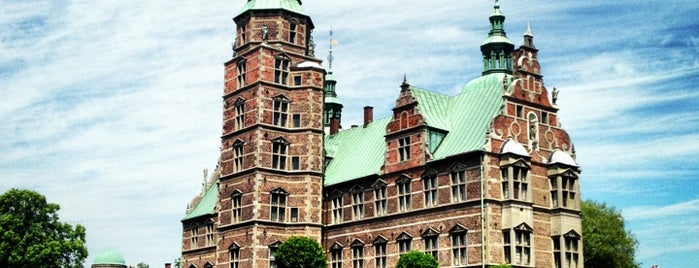 Rosenborg Slot is one of Can 님이 좋아한 장소.