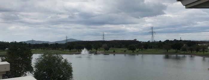 Pattana Golf Club & Resort is one of Orte, die Paolo gefallen.