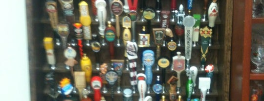 Beer World is one of Lugares favoritos de Lanre.
