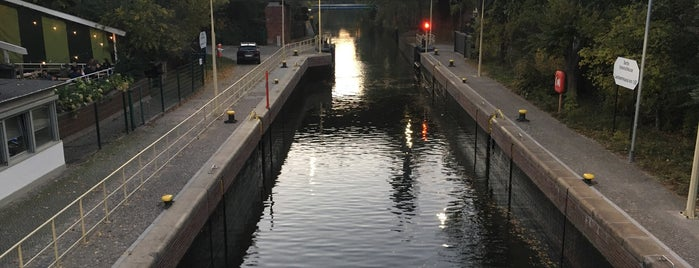 Schleusenbrücke is one of Thilo 님이 좋아한 장소.