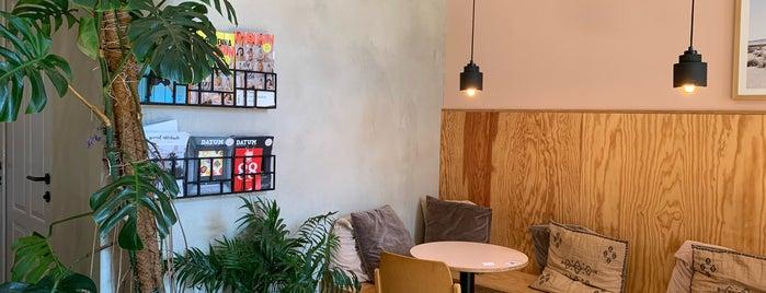 12 Karma Food is one of der kaffee.