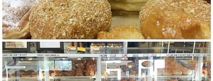 Arizona Donut Co. is one of William : понравившиеся места.