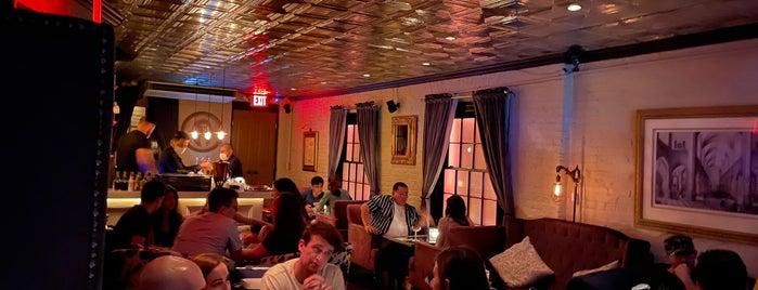 Garfunkel's is one of High End, Bespoke & Rooftop Bars NYC.