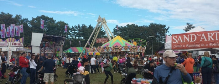 Huntington Fall Festival is one of Everything Long Island.