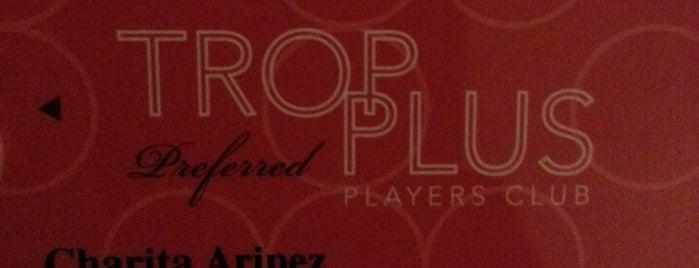 Trop Plus Players Club is one of Lieux qui ont plu à dale.
