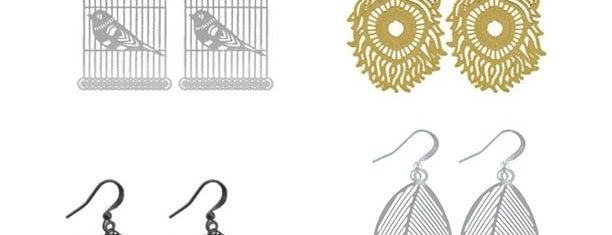 Peppermint Apparel & Accessories is one of Locais curtidos por Amanda.