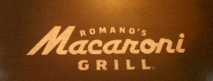 Romano's Macaroni Grill is one of Lieux qui ont plu à Mariah.