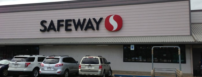Safeway is one of KAUAI 16.