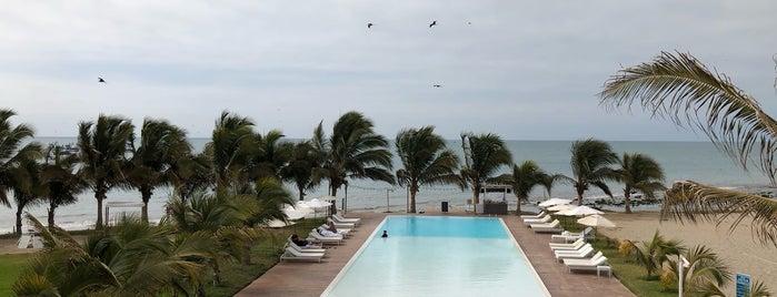 Mancora Marina Hotel is one of Posti che sono piaciuti a Hellen.