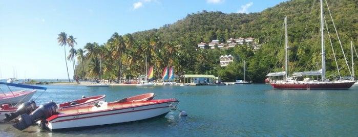 Marigot Waterfront is one of Lugares que quero conhecer.