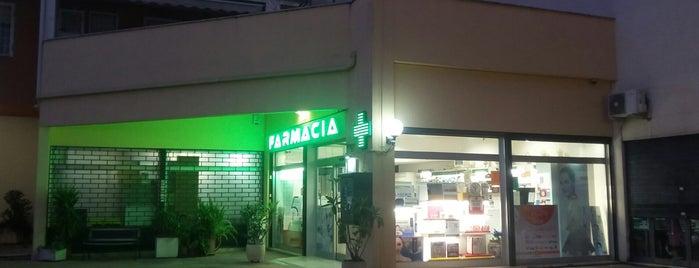 Farmacia is one of Roma.
