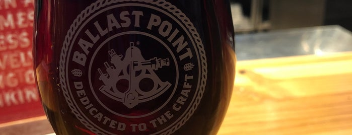 Ballast Point Tasting Room & Kitchen is one of Chicago Craftbeer.