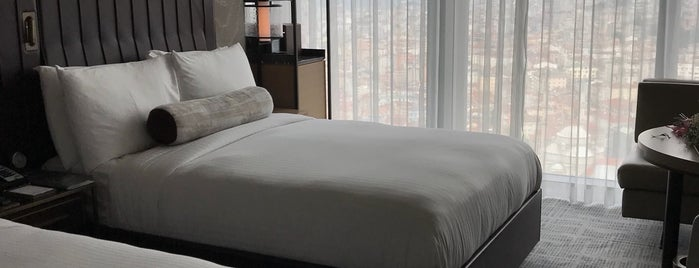 Fairmont Quasar Istanbul is one of Женяさんのお気に入りスポット.