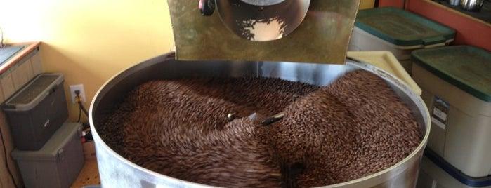 Bean Werks Coffee & Tea is one of Andrea'nın Beğendiği Mekanlar.