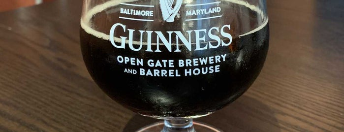 Guinness Open Gate Brewery & Barrel House is one of Tempat yang Disimpan Brent.