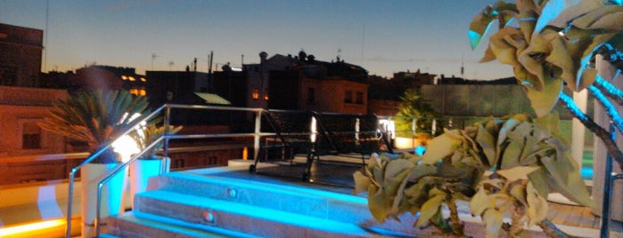 La Terraza del Claris is one of Rooftop bars.