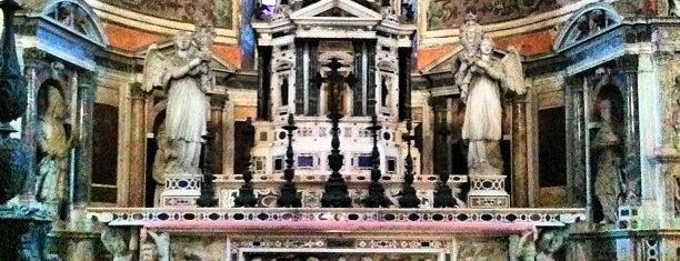 Certosa di Pavia is one of Milano turistica.