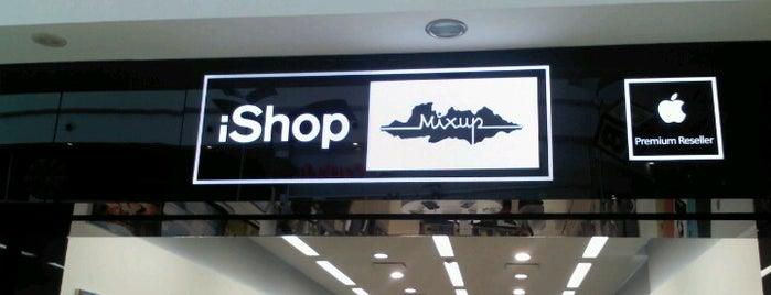 iShop is one of Jorgeさんのお気に入りスポット.