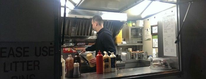 Chelsea Bridge Burger is one of Burgers in London.
