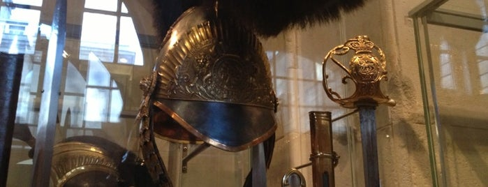 The Household Cavalry Museum is one of London tour.