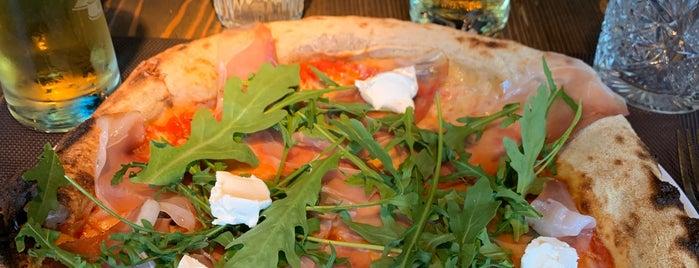 Pizza Mania is one of Lieux qui ont plu à Enis.