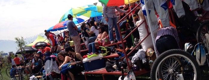 Parque Peñalolen is one of Locais curtidos por Rodrigo.