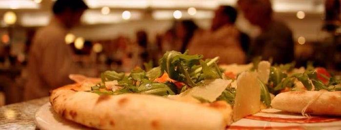 Harrods Pizzeria & Canti Prosecco Bar is one of Must go when you are in London.