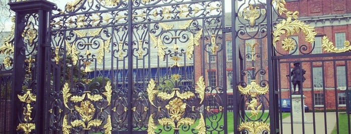 Kensington Palace is one of London To-do.
