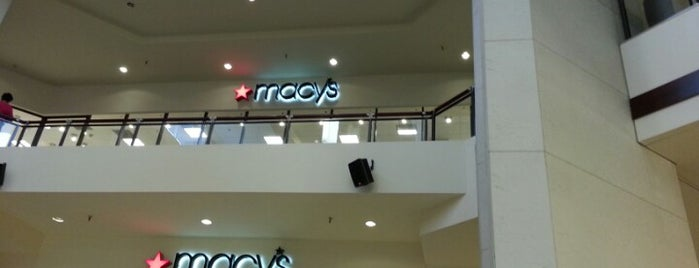 Macy's is one of Posti che sono piaciuti a Elena Jacobs.