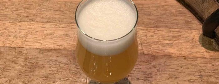 LIC Beer Project is one of Anca'nın Beğendiği Mekanlar.