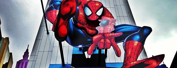 The Amazing Adventures of Spider-Man is one of สถานที่ที่ David ถูกใจ.