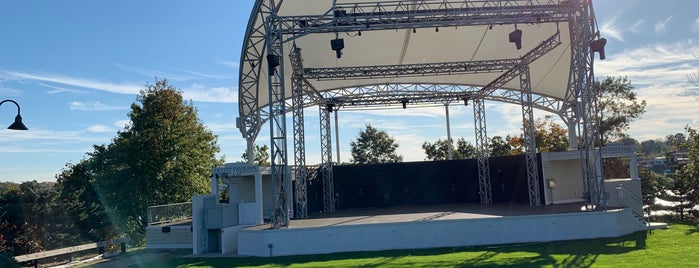 The Levitt Pavilion is one of Posti che sono piaciuti a David.