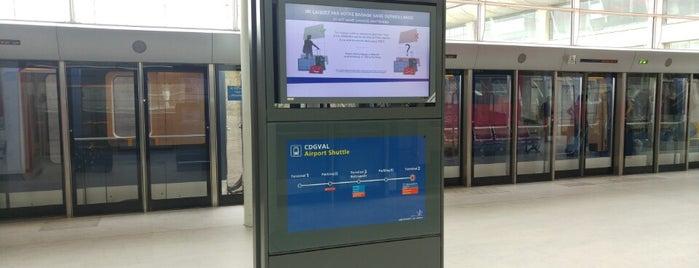 CDGVAL Terminal 3 – Roissypôle is one of David 님이 좋아한 장소.