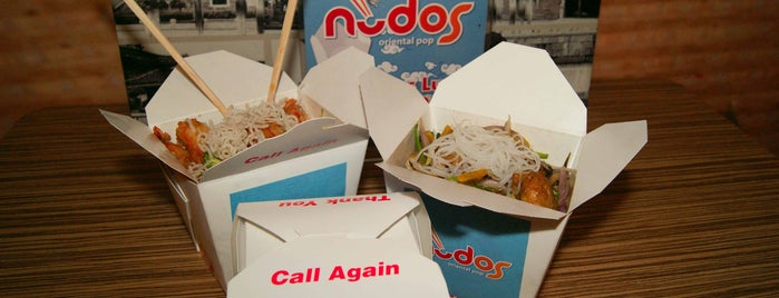 Nudos Oriental Pop is one of comida.