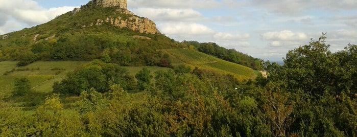 Roche de Solutré is one of Orte, die Artem gefallen.