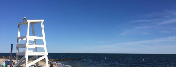 Glendon-durling Beach is one of Lieux qui ont plu à Brittany.
