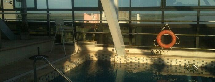 Ros Tower - Hotel, Spa & Convention Center is one of Rosario con niños.