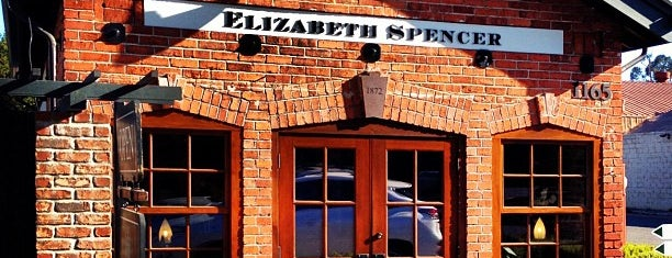 Elizabeth Spencer Tasting Room is one of Orte, die Charles gefallen.