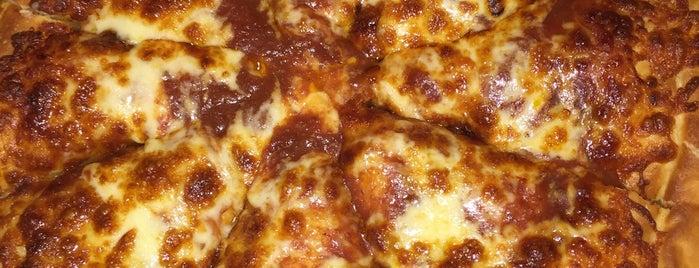 Pizza Hut is one of Tempat yang Disimpan Adeangela.