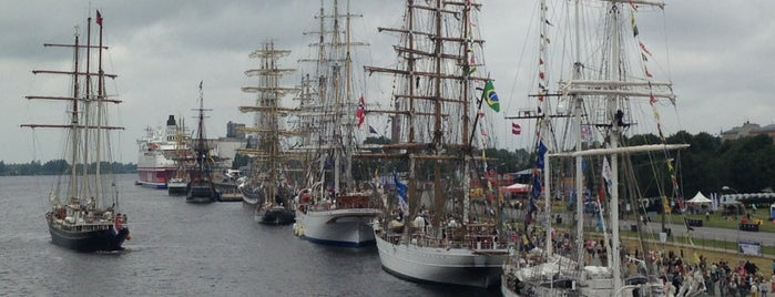 The Tall Ships Races 2013 is one of Martins'in Beğendiği Mekanlar.