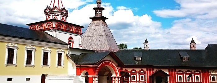 Саввино-Сторожевский монастырь is one of Locais curtidos por Tatiana.