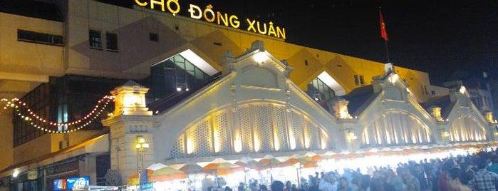 Chợ Đồng Xuân (Dong Xuan Market) is one of VN.